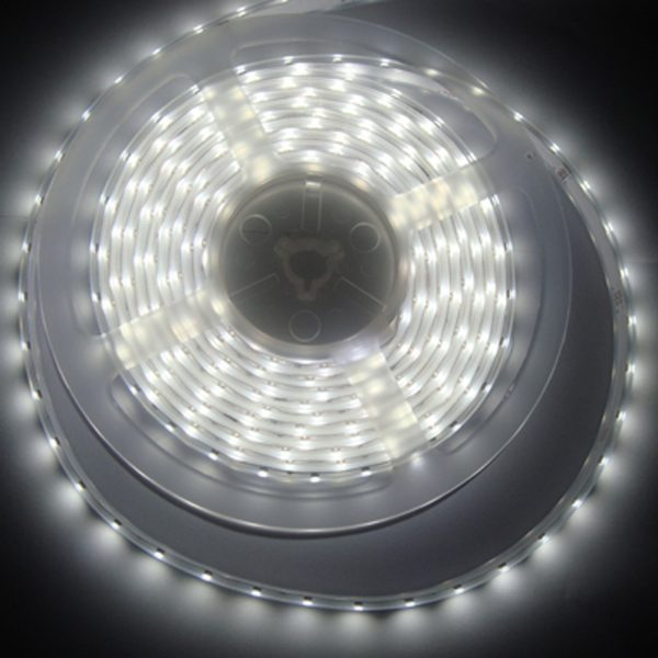 Ruban à led simple de 60 led SMD 3528 par 5 mètres