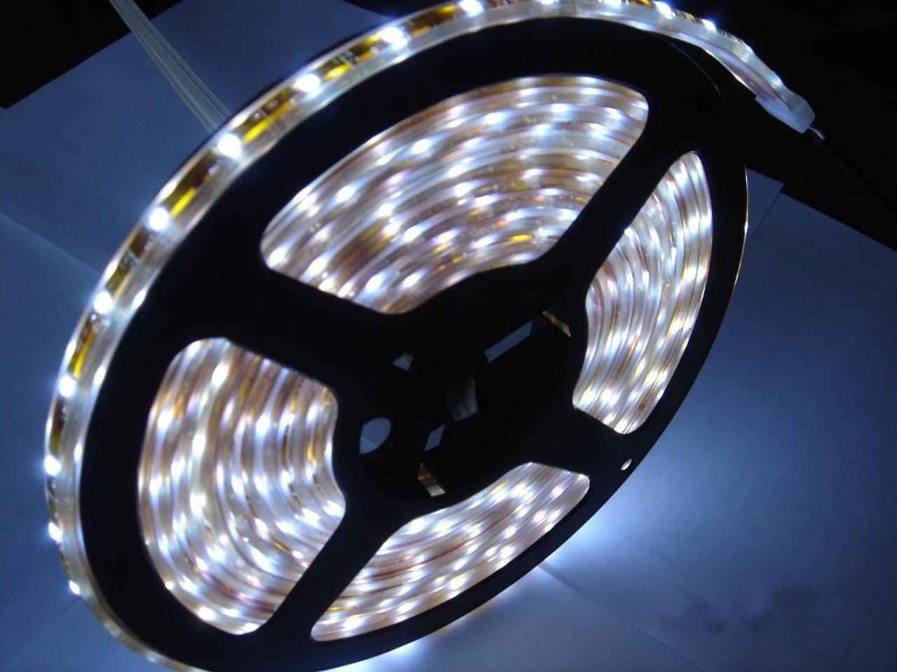 Ruban à led simple de 30 led SMD 5050 par mètre