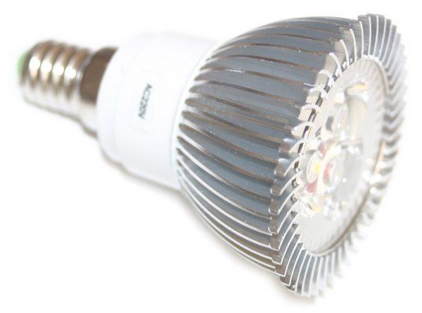 Ampoule E14 3x1 watts 220 volts